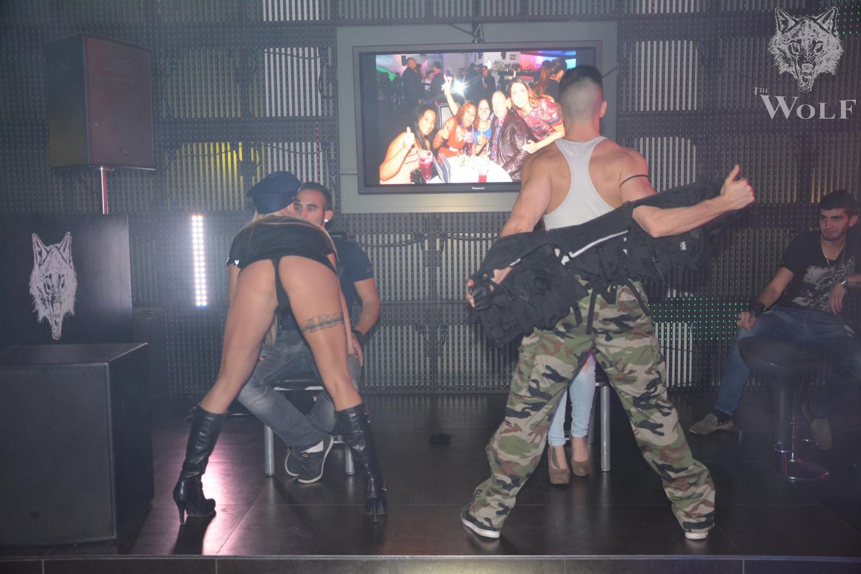 strip show alsace duo